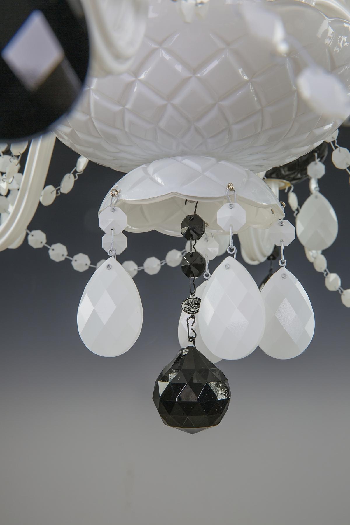 MONETA VIII. Black and White